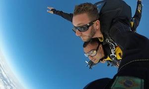 Go Fly Paraquedismo: Salto duplo de paraquedas para 1 ou 2 + foto impressa (opção fotos em CD) na Go Fly Paraquedismo – Boituva
