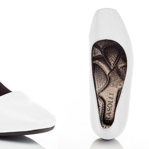 147d082af689 Up To 57% Off on Women s Wide-Width Dress Shoes