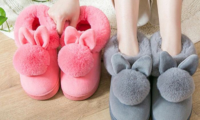One Pair of Fluffy Rabbit Slippers in