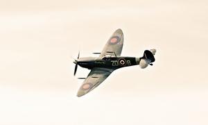 Old Buckenham Airshow: Entry to Old Buckenham Airshow on 30 July, Buckenham Aviation Centre (Up to 29% Off)