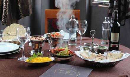 Menú indio con entrante, principal, acompañamiento, postre y bebida en Namasté India (hasta 46% de descuento)
