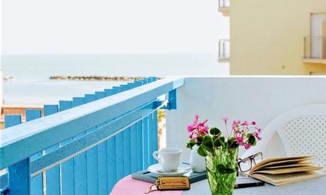 Bellaria: 1 notte con colazione o mezza pensione e 7 notti in pensione completa per 1 persona all'Hotel Villa Lauretta