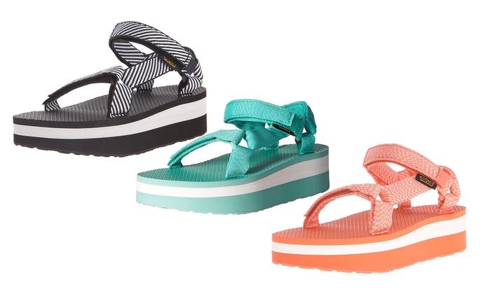 ff2fe9f7fd86 Teva Women s Flatform Sandals (Size 5)