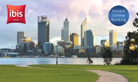 Ibis Perth, CBD: 1 or 2Night Urban Getaway for Two People with Bottle of Wine and Late CheckOut at Hotel Ibis Perth