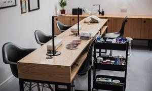 Salon Laker Wiślna 3: Manicure japoński (34,99 zł), hybrydowy (55,99 zł) i więcej opcji w Salonie Laker Wiślna 3 (do -43%)