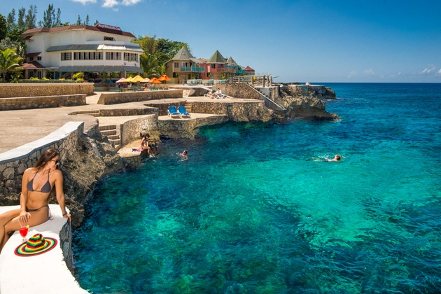 All-Inclusive Jamaican Resort on Seaside Cliff