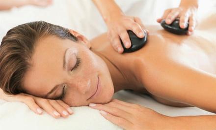 Wellnessarrangementen bij Sauna & Beauty de Veluwe, incl. massage of gezichtsbehandeling, naar keuze met lunch of diner