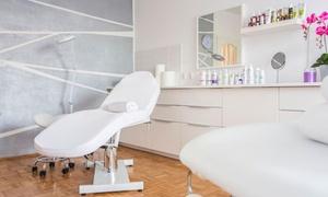 Salon Akai: Depilacja woskiem wybranej partii ciała od 19,99 zł w Salonie Akai w Toruniu (do -50%)