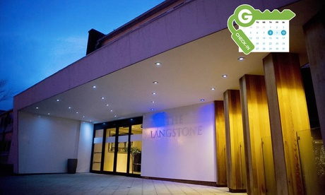 Hayling Island: Standard Double Room for Two with Breakfast and Leisure Access at 4* The Langstone