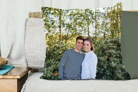 Photo sur coussin, format au choix, dès 14,95 € sur le site Hello Deco