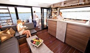 My Spa Boat 2012 GmbH: 2 Stunden SpaBoat inkl. Sauna und 1 Flasche Sekt für bis zu 6 Personen bei SpaBoat (13% sparen*)