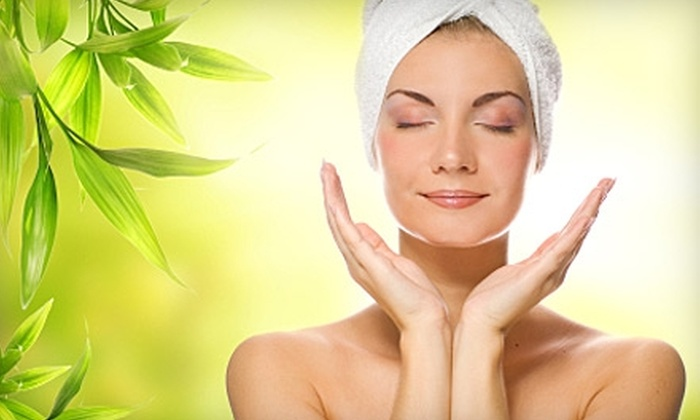 Youthful Medical Spa - Palm Valley: Facial Services at Youthful Medical Spa in Ponte Vedra Beach. Three Options Available.