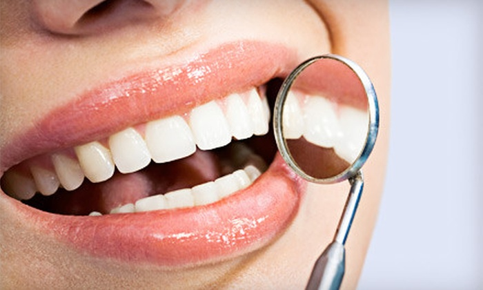 Avenue of the Arts Dental - Graduate Hospital: $39 for a Dental Package with Exam, X-rays, and Cleaning at Avenue of the Arts Dental ($235 Value)