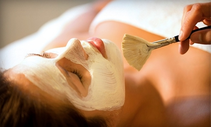 Skin Bar - MacDonald Ranch: $49 for an Oatmeal Facial and Eye-Rescue Treatment at Skin Bar in Henderson ($115 Value)
