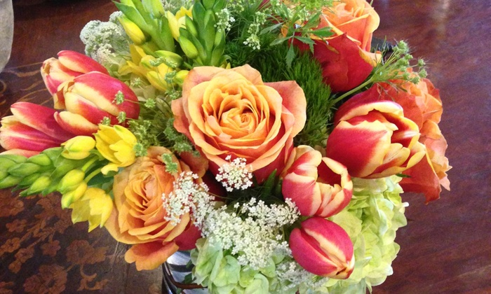 Custom floral arrangements whitehouse flowers groupon