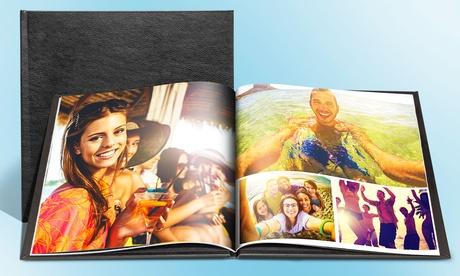 Fotolibro con tapas de cuero de 20 x 20 o 27 x 27 cm, con hasta 100 páginas desde 3.99 € en Printer Pix
