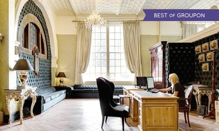Liverpool: 1 or 2 Nights for Two with Breakfast and Option for Dinner at30 James Street Hotel