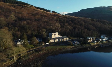 Argyll and Bute: 1 or 2 Nights for Two with Breakfast, Dinner, Glass of Fizz and Late CheckOut at Loch Long Hotel