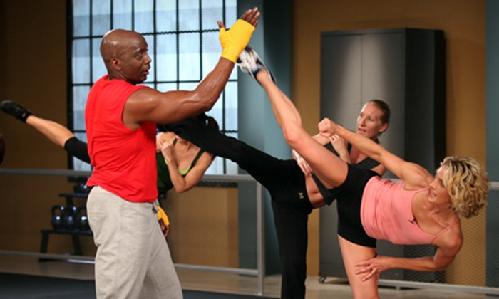 Gold's Gym Rancho Santa Margarita - Dove Canyon: $29 for 14 Gym Visits and Tae Bo with Billy Blanks at Gold's Gym Rancho Santa Margarita in Trabuco Canyon ($240 Value)