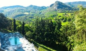 Hotel Alla Posta: Ingresso giornaliero in piscina esterna, aperitivo, light lunch nel Parco regionale dei colli euganei(sconto fino a 68%)
