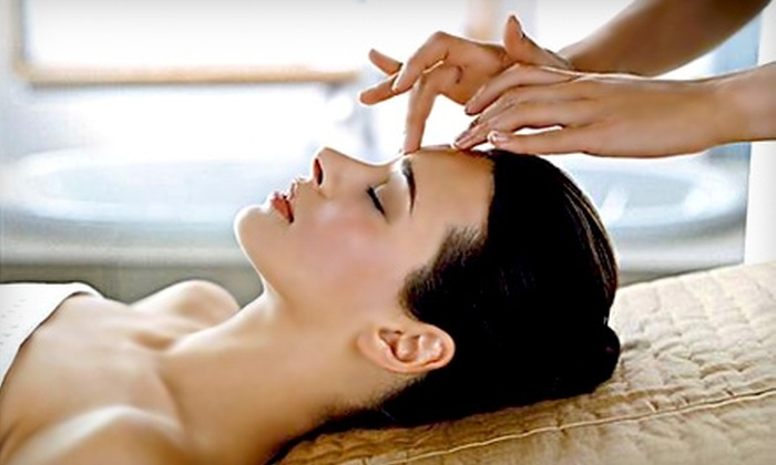 Richmond VA Healing Massage - Richmond: $32 for a Therapeutic-Acupressure Facial at Richmond VA Healing Massage ($65 value)