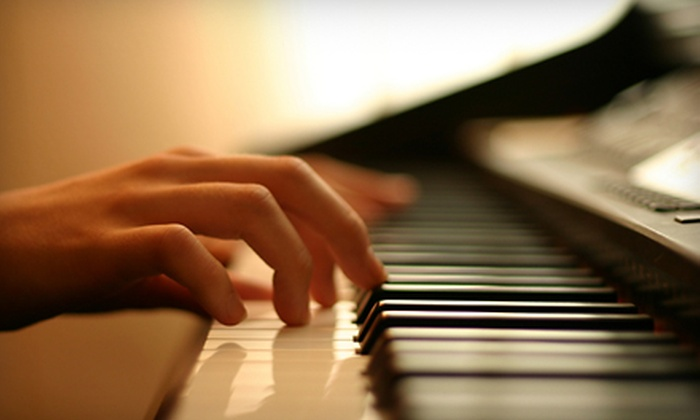Jay & Kay's Organ & Piano Co. - Fort Myers: One Month of Group or Private Organ or Piano Lessons at Jay & Kay's Organ & Piano Co.