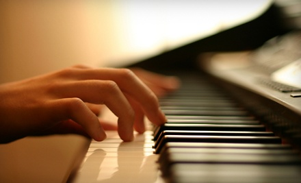 Jay & Kay's Organ & Piano Co.: Group Organ or Piano Lessons for One Month  - Jay & Kay's Organ & Piano Co. in Fort Myers