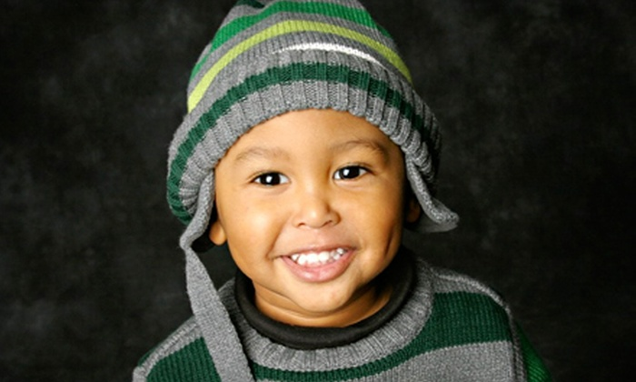 Clix Portrait Studios - Ankeny: $39 for an In-Studio Portrait Session and Digital-Image CD at Clix Portrait Studios in Ankeny ($104.95 Value)