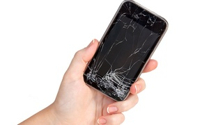 The Phone Clinic: iPhone or iPad Screen Repair at The Phone Clinic (Up to 38% Off)