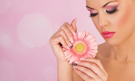 Up to 63% Off Eyelash Extensions at Eye Envy by Shelly @ Fringe Salon Studios
