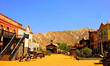 Almería: 1 o 2 noches para 2 o 3 personas con desayuno, detalle y entradas al Mini Hollywood en Hospedería del Desierto