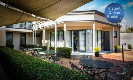 Glen Waverley, Melbourne: 12 Nights for Two with Brekky, Parking and Late CheckOut at The Waverley International Hotel