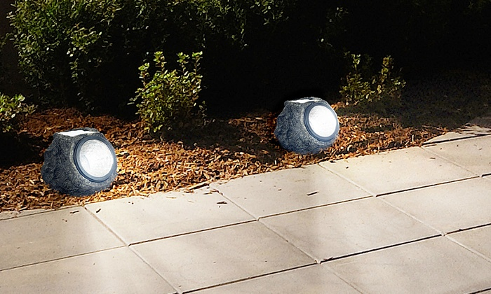 Pure Garden Solar Rock Landscaping Lights (Set Of 4)