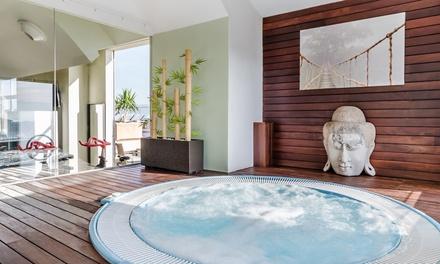 Acceso al jacuzzi, sauna, ducha de vapor y gimnasio para 2 en Hotel 525  (60% de descuento)