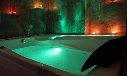 Circuito privado Kento en pareja con masaje de 30 o 50 minutos y opción a cava y bombones desde 49,99 € en Masaru
