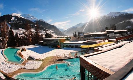 Bormio Terme: Tour di 2 giorni, 1 notte con cena, bus+trenino del Bernina, visita St Moritz e ingresso alle Terme