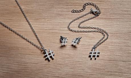 Collar, pulsera, pendientes o set de joyería en forma de arroba o almohadilla