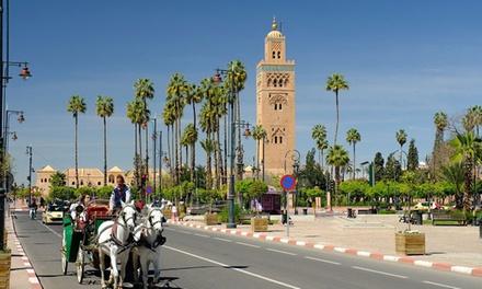 Marrakech: habitación superior con desayuno y opción a tour en carroza y cena en Riad Bousskri