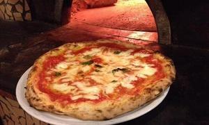 """Ristorante Pizzeria le Clarisse: Menu pizza alla carta con dolce e birra per 2 o 4 persone al Ristorante Pizzeria le Clarisse (sconto fino a 74%)"""""""