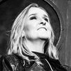 Melissa Etheridge's Holiday Trio – 40% Off Solo Concert