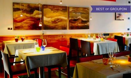 Pranzo alla carta con vino abbinato per 2 o 4 persone al ristorante Med, segnalato Gambero Rosso (sconto 48%)