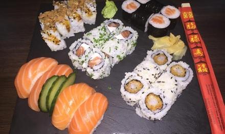 1 plateau de sushis de 60 pièces, 2 salades de choux et 2 boissons à emporter à 39,99 € chez Le Nippon