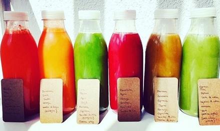 1 o 3 días de tratamiento detox con 6 o 18 zumos naturales de 500 ml desde 29,95 € con La Fábrica de Zumos