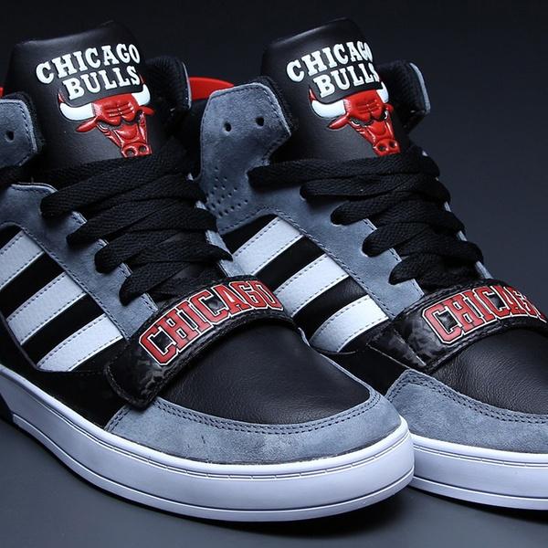"Adidas Hard Court ""Chicago Bulls"" D66078 adidas – Męskie"