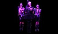 Dégustation de caviar avec spectacle pour 2, 3 ou 4 personnes dès 67 € au cabaret La Vénus