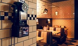 Peggy Sues: Menú Hamburguesa o Premium para 2 personas con entrante, principal, bebida y postre o batido desde 19,95€ en Peggy Sues