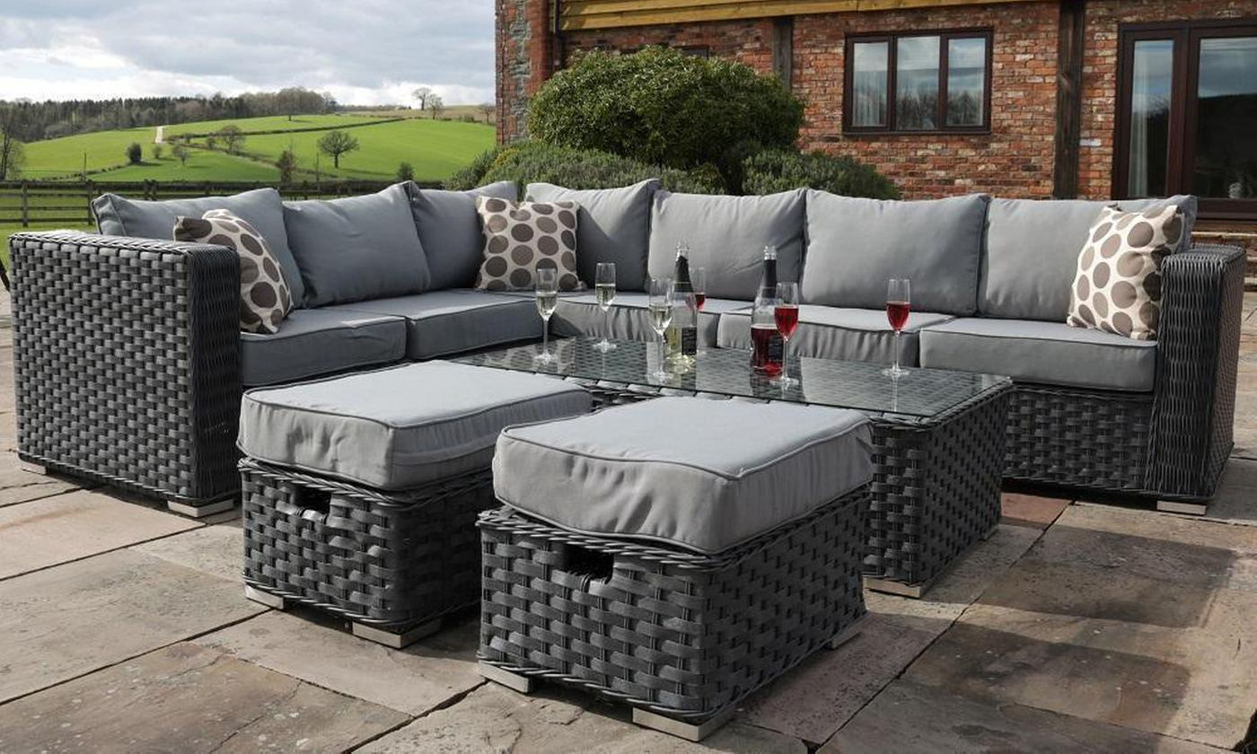 Yakoe Papaver Eight- or Nine-Seater Rattan-Effect Garden Furniture Set with Optional Cover (£679.99)