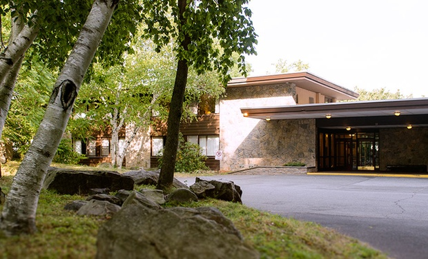 Bear Mountain Overlook Lodge Amp Stone Cottages Groupon
