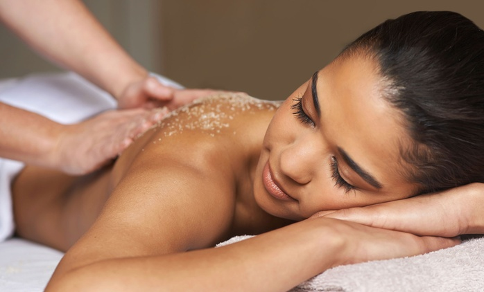 Choice of One-Hour Massage from Essentia Spa at Leonardo Hotel (Up to 65% Off)
