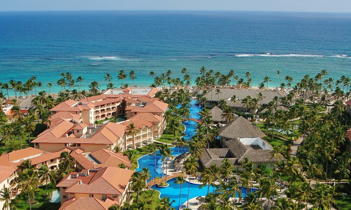 Majestic Colonial Punta Cana Stay With Airfare From Apple